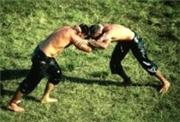 Турецкий город Эдирне привлекает туристов чемпионатами по масляной борьбе